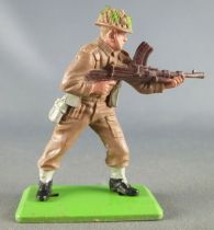 Britains Deetail - WW2 - English - Advancing with M-G