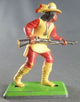 Britains Deetail Apache Footed advancing both hands on rifle