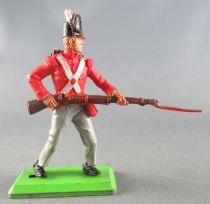 Britains Deetail Waterloo Anglais Infanterie de ligne chargeant avec bayonnette