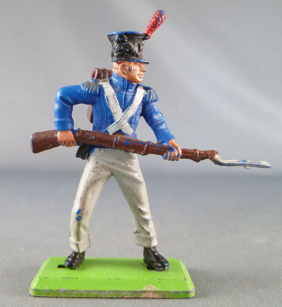 Britains Deetail Waterloo Francais infanterie de ligne chargeant avec bayonnette