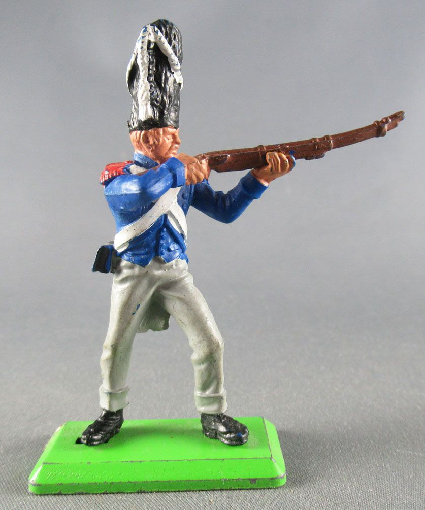 Britains Deetail Waterloo French Imperial Guard firing standing
