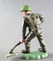 Britains Herald - Khaki Infantry - Mine sweeper