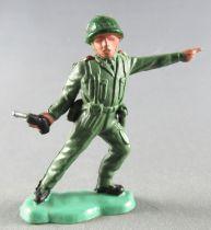 Britains Herald - Khaki Infantry - Officer with gun 2