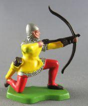 Britains Herald - Moyen-Age - Piéton Archer à genoux jaune