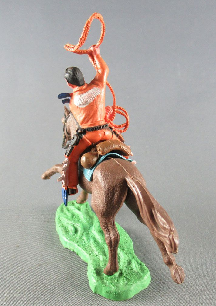 Britains Hong Kong - Cowboy - Cavalier lasso orange cheval brun galop long
