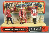 Britains New Metal Models Boite Présentoir Lifeguard Beefeater Scots Guard Réf 7223 1