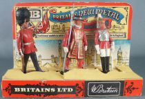 Britains New Metal Models Boite Présentoir Lifeguard Beefeater Scots Guard Réf 7223 2