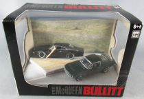 Bullitt - Ford Mustang 1968 & Dodge Charger 1/64 - Greenlight Diorama Série 2