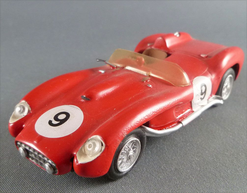 C Scale 027 1957 Ferrari 250 Tr Le Mans White Metal Kit Factory Built 143