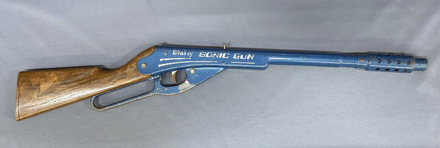 Carabine type Winchester - Daisy Sonic Mystery Gun Air Comprimé - Daisy Canada
