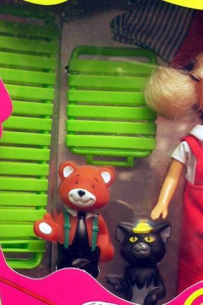 Caroline and her friends Mint in box Ideal action figures