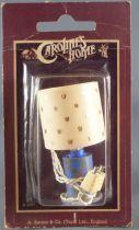Caroline\'s Home -  Lampe de Table à Abat Jour avec Eclairage Maison de Poupées Neuf Blister