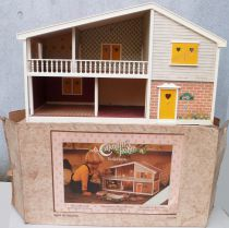 Caroline\'s Home - Electrified Dolls House 70 cm Mint in Box