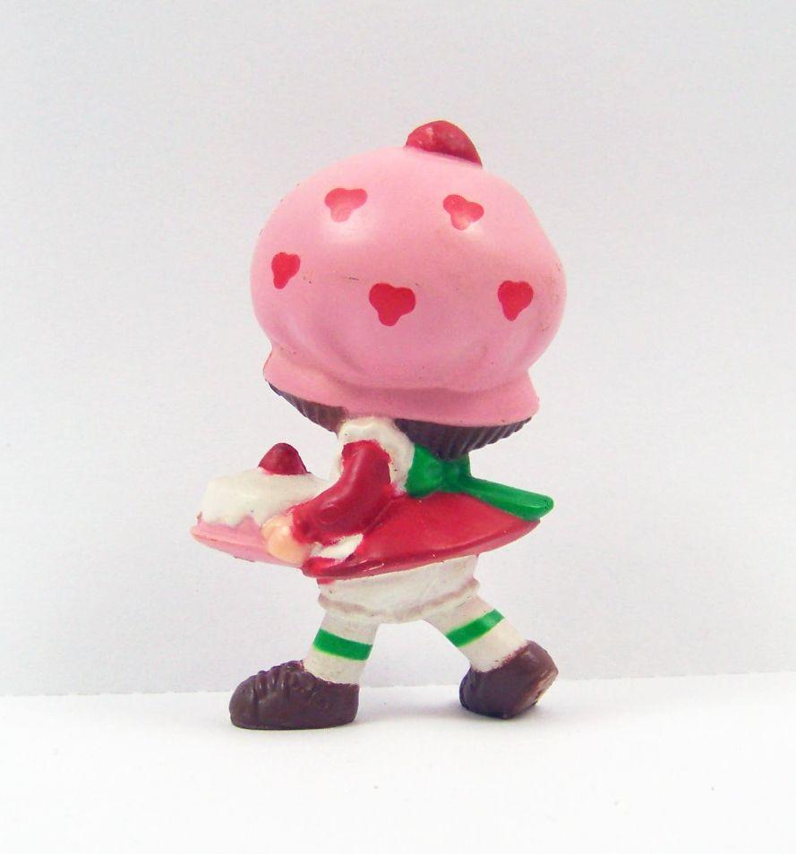Charlotte aux fraises - Miniatures - Charlotte et le gâteau d\'anniversaire (loose) 02