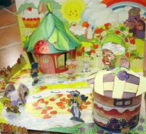 charlotte_aux_fraises___miniatures_play_set___strawberryland_diorama__1_