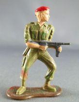 Cofalu - 54m - Modern Army - Paratroopers - Firing MP Standing