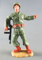 (copie) Timpo - WW2 - Americans - 2nd series - Pointing (machine gun) standing leaning to the right legs
