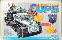 C.O.P.S. & Crooks - A.T.A.C. Armored Tactical Assault Car / A.T.A.C. Auto Tactique d\'Attaque Cuirassée