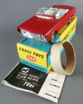 Corgi Toys 246 - Chrysler Imperial Complete Near Mint in Box 1:43
