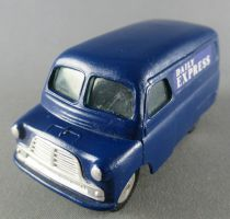 Corgi Toys 403 - Bedford CA Van Daily Express Proche Neuf sans Boite