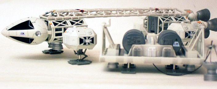 Cosmos 1999 - Product Enterprise/Carlton - Aigle Cargo 1/72ème