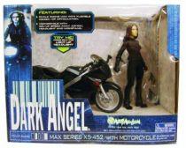 Dark Angel - Art Asylum - Max Series X5-452 with Motorcycle (Season 1)