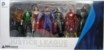 dc_comics___the_new_52_justice_league_boxed_set__batman__wonder_woman__superman__green_lantern__cyborg__aquaman__the_flash