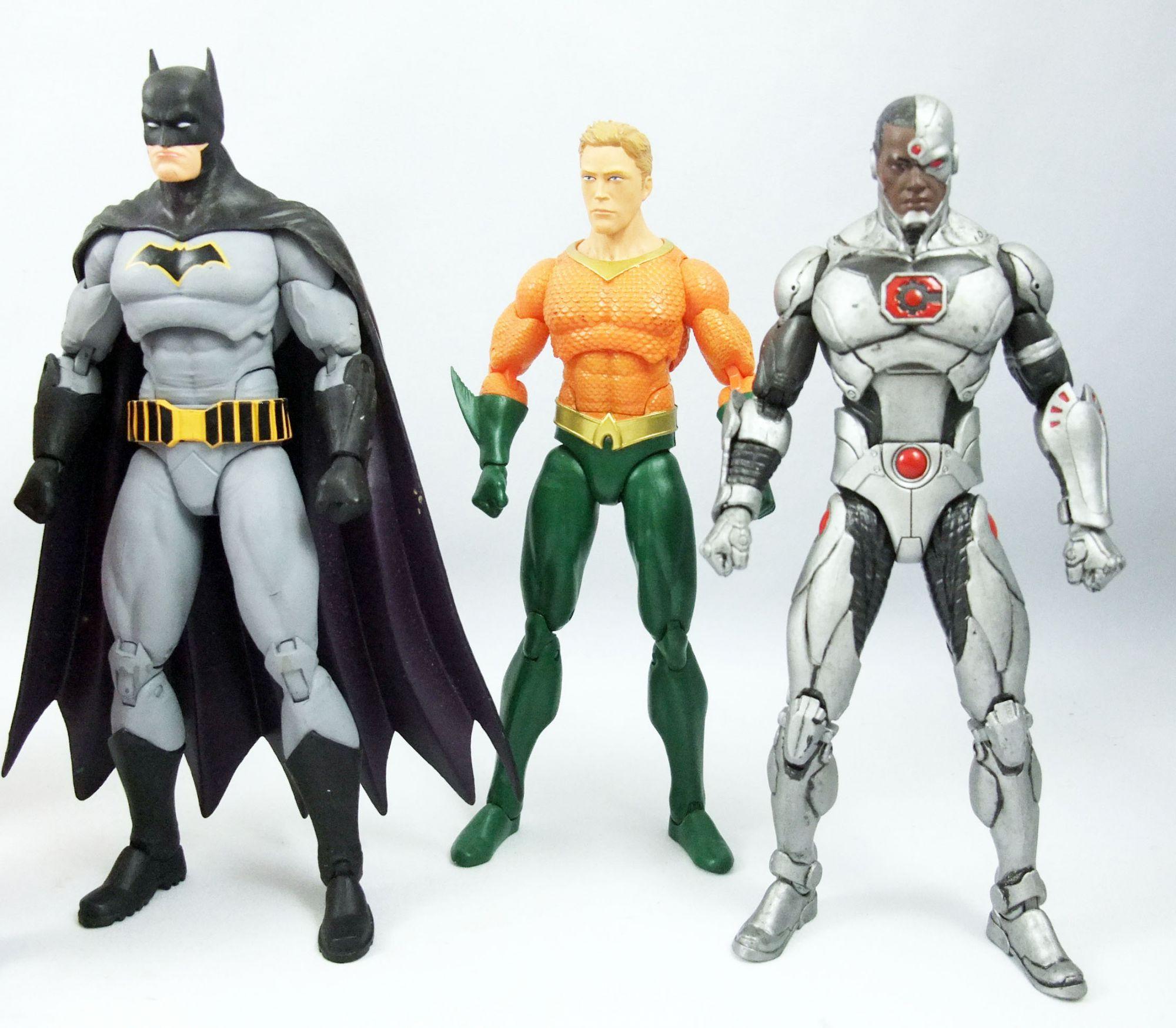 DC Comics Icons - Justice League (loose) : Superman, Batman, Wonder Woman, Flash, Aquaman, Cyborg, Green Lantern