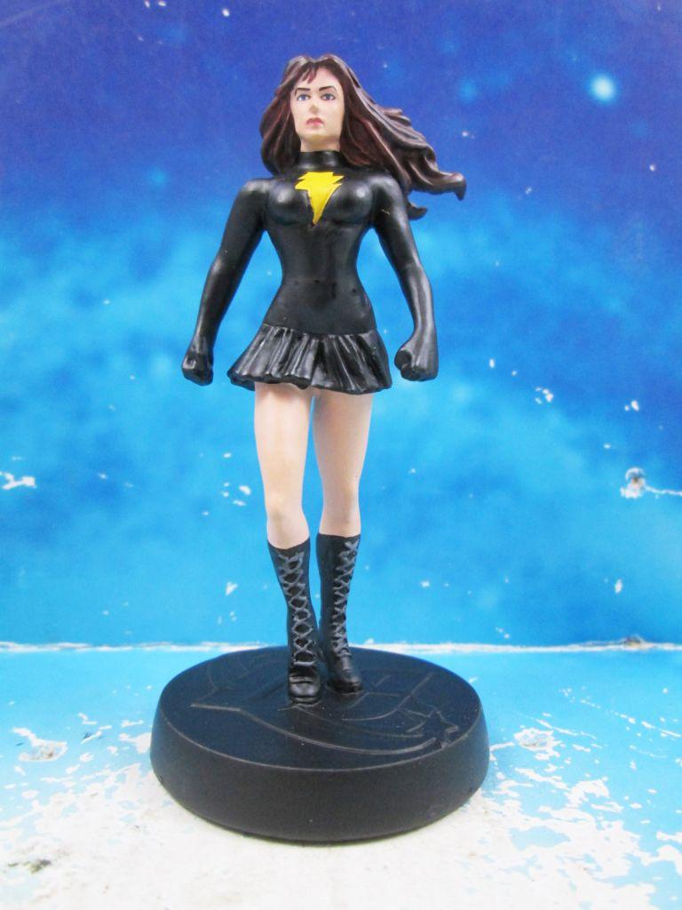 DC Super Heroes - Eaglemoss - #040 Shazam! Mary