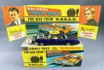"""Des Agents Très Spéciaux - Corgi Ref.497 - Oldsmobile Super 88 \""""Trush-Buster\"""" (bleue)"""