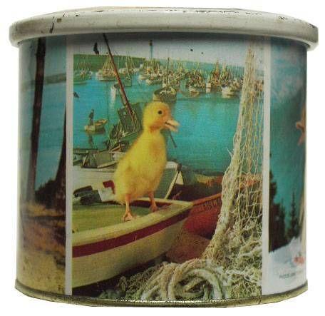 Dynamo Duck Brochet Tin box