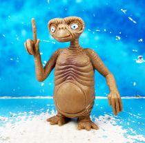 E.T. - Bonux / Universal Studio - Figurine PVC - E.T. montre le ciel