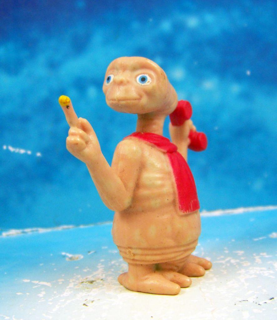 E.T. - LJN 1982 - Figurine PVC - E.T. avec écharpe et téléphone 02