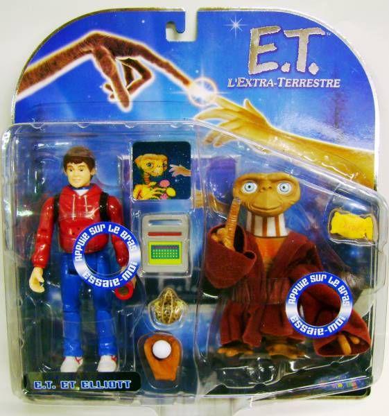 E.T. - Toys \'R\' Us Exclusive - E.T. & Elliot (interactive figures)