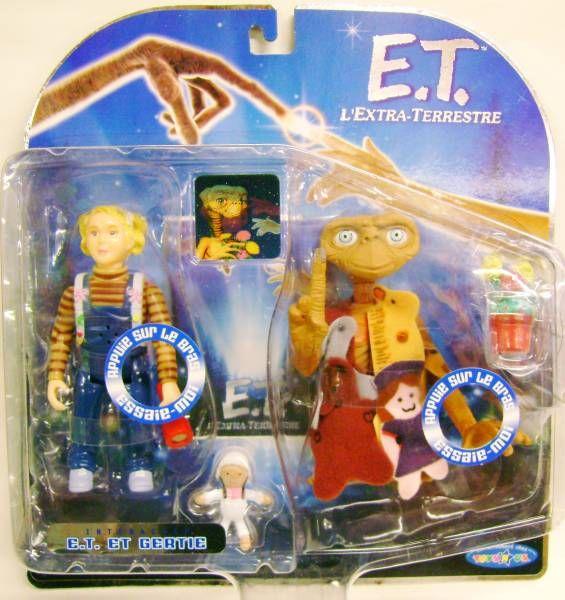 E.T. - Toys \'R\' Us Exclusive - E.T. & Gertie (interactive figures)