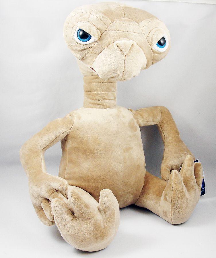 E.T. - Universal Studios Plush doll - 16\'\' E.T. The Extra-Terrestrial