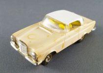 Faller AMS 4858 - Mercedes 230 Sl Cream with White Hard Top