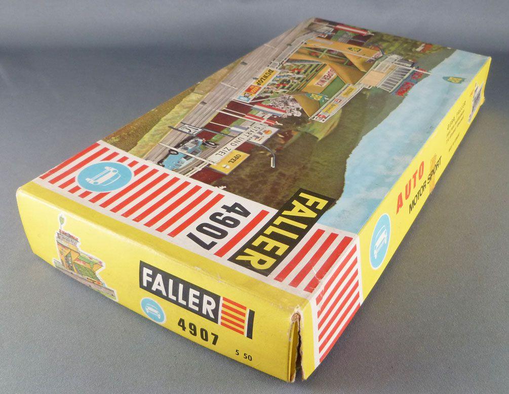 Faller AMS 4907 - Grandes Tribunes Tour de Contrôle BP Panneaux Pub Départ Arrivée Neuf Boite