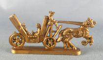 Figurine Publicitaire Chocolat L. Moreuil La locomotion à travers les âges Calèche du XVIIIème siècle (doré)