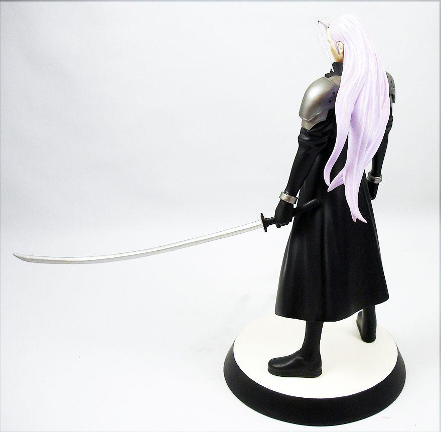 Final Fantasy VII - Sephiroth - Statue en resine cold-cast 1/8ème Kotobukiya