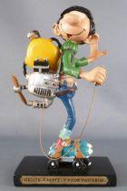 Gaston - Plastoy Resin Figure - Propeller engine skater
