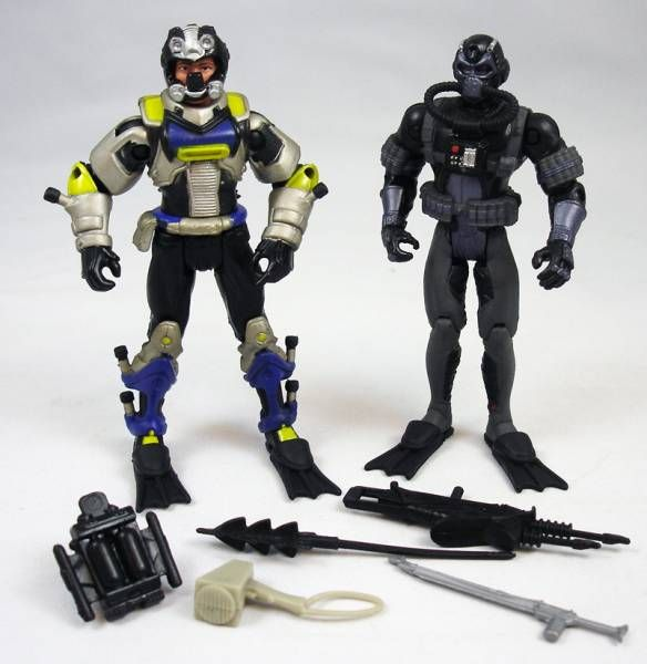 G.I.Joe vs. Cobra - 2002 - Wet-Suit & Cobra Moray (loose)