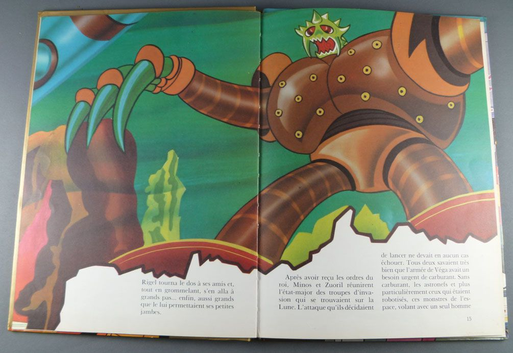 Goldorak - Edition G. P. Rouge et Or A2 - Goldorak le Robot de l\'Espace : Venusia à la Rescousse