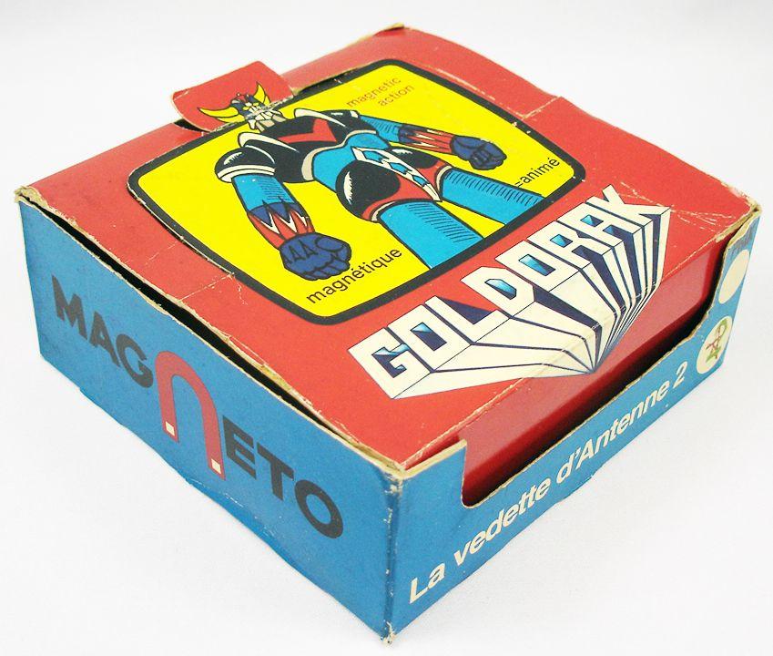 Goldorak - Présentoir de 12 Figurines magnétiques Magneto n°3136 Goldorak