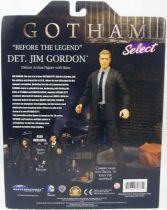 gotham___detective_jim_gordon___action_figure_diamond_select__1_