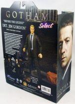 gotham___detective_jim_gordon___action_figure_diamond_select__3_