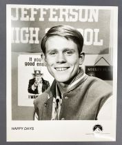 Happy Days - Paramount Pictures (1990) - Richard Cunningham (Ron Howard) Lobby Card