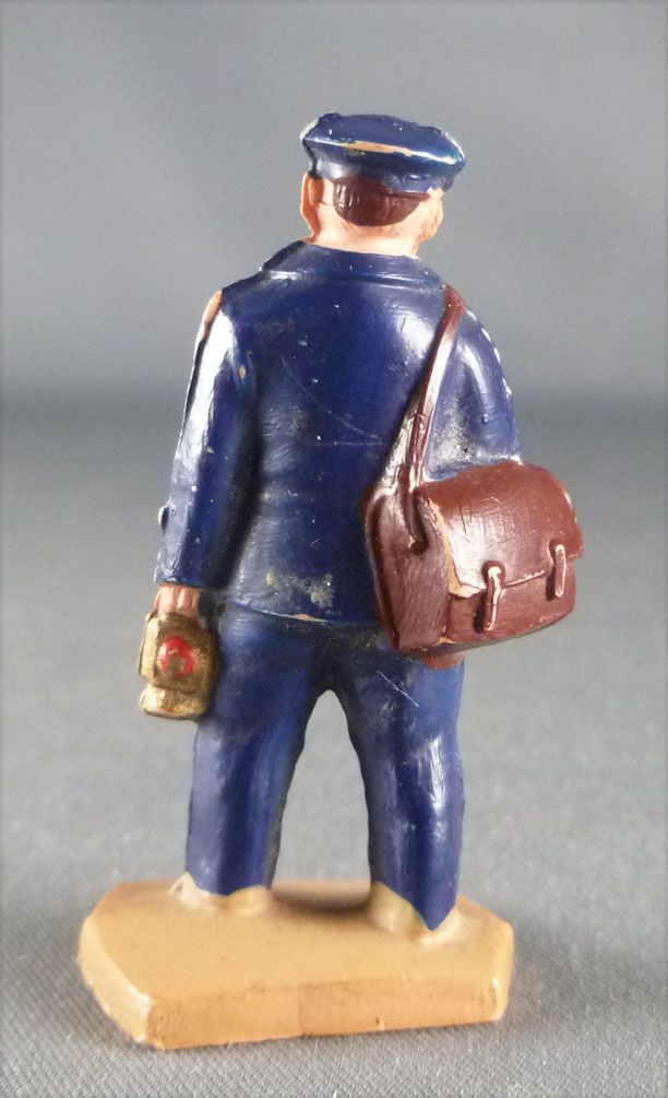 Hornby 0 Gauge 40 mm Plastic Figure Rail Personnel with Lamps