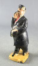 Hornby Ech O Figurine Plastique 40 mm Sncf Cheminot Fumant Cigare