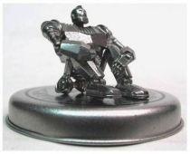 Iron Giant metal mini figure